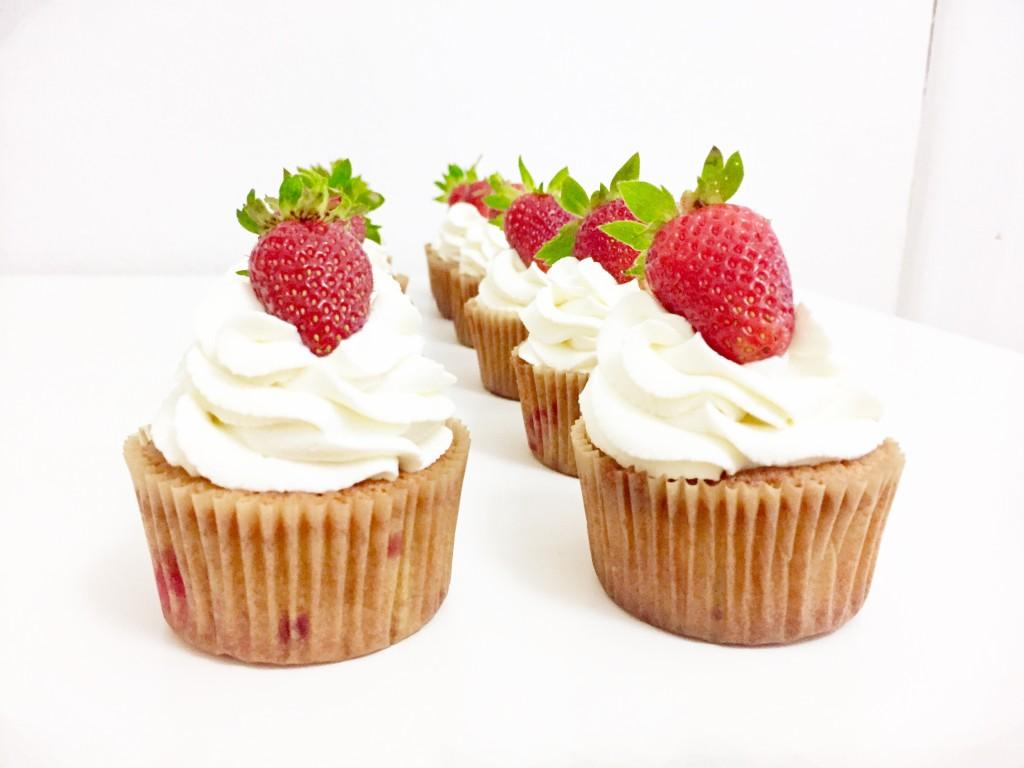 Jahodove cupcakes